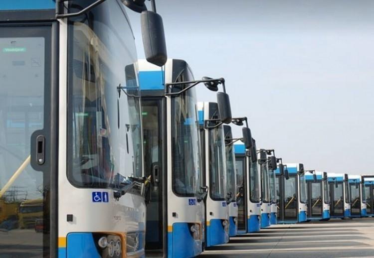Útakadály miatt terelőútvonalon a debreceni busz
