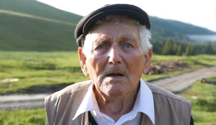 Egy 95 éves magyar veterán mesél. Könnybe lábad az ember szeme... - VIDEÓ!