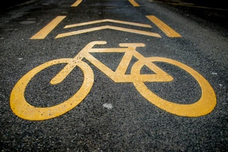944 millióból épül meg a kerékpárút Berettyóújfalu és Tépe között