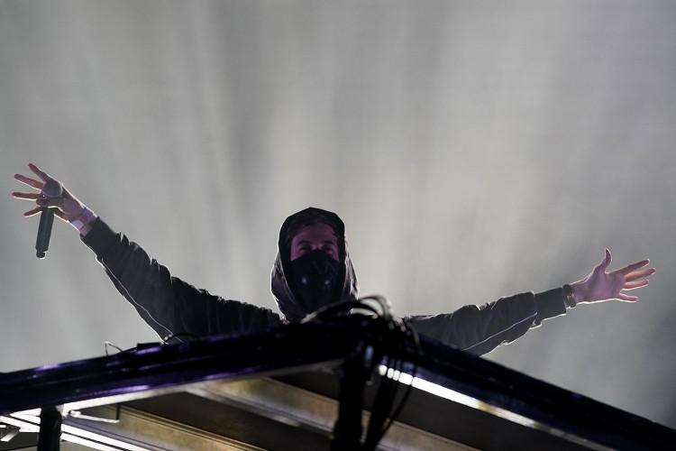 Alan Walker óriási bulit csapott Debrecenben +FOTÓK