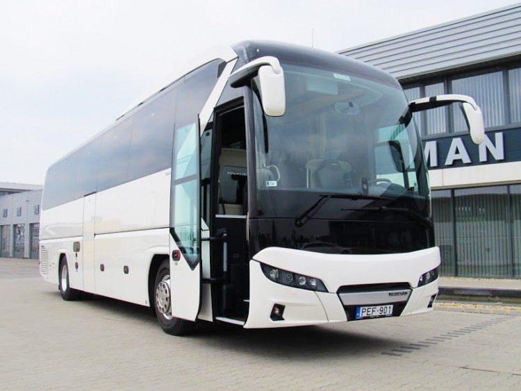 43 modern buszt vásárolt a Volán