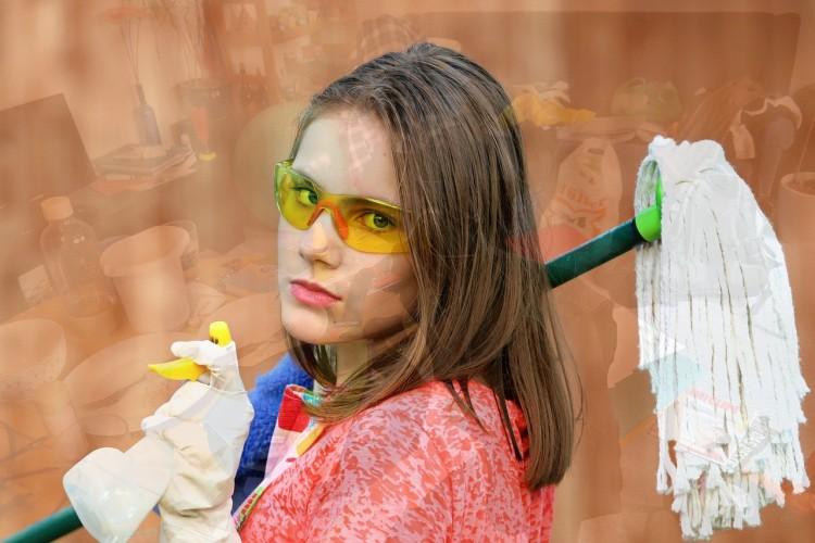 Yes! Debrecen különleges iskolájában a takarító is havi negyedmilliót kereshet