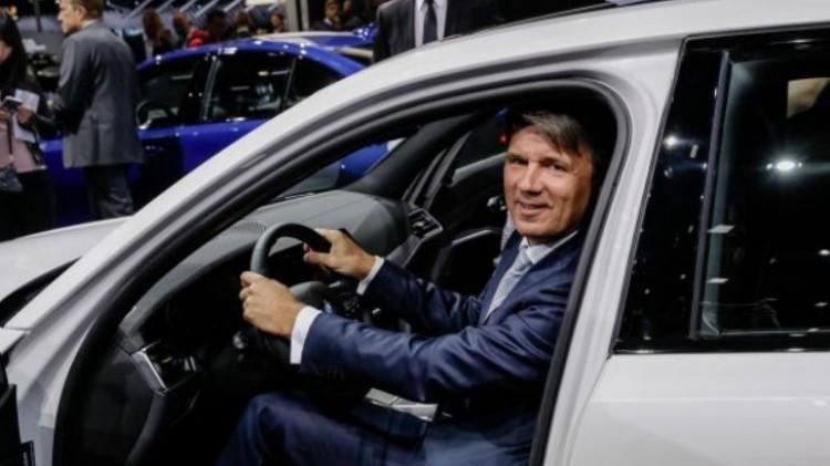 Távozik a BMW-vezér, akinek személyes ügye a debreceni beruházás