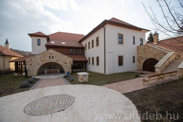 Pazar mádi szállást ajánl a Debreceni Egyetem