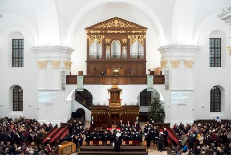 Ingyenkoncert Debrecenben. Minden szerdán!