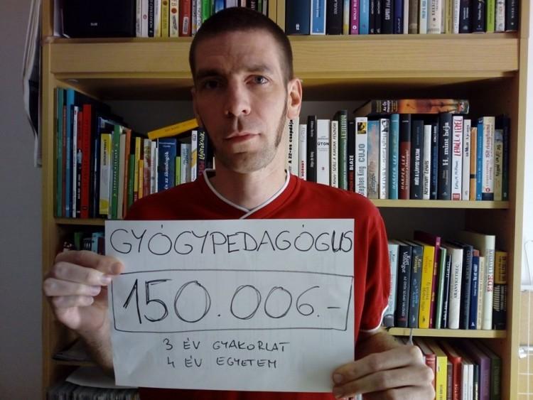 Nettó bérükkel fotózkodnak a pedagógusok a Facebookon