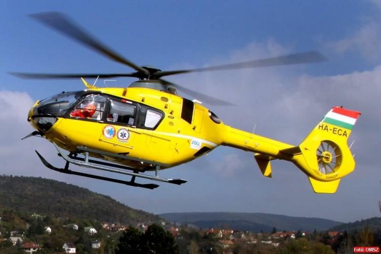 Baleset Nagyhegyesnél, mentőhelikopter is érkezett a helyszínre