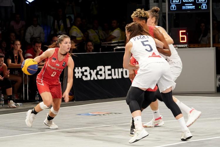 A franciákat is legyőzte a női válogatott Debrecenben