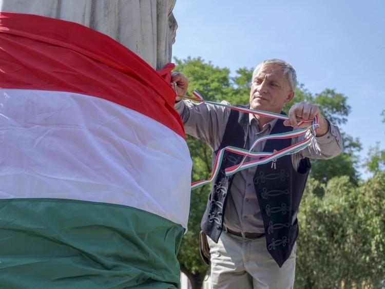A román provokáció következményét viselte egy debreceni szobor