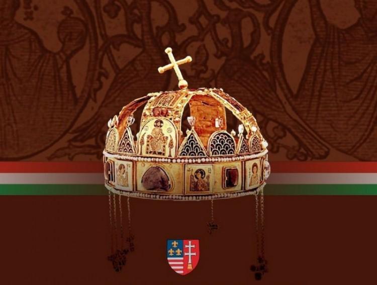 Kitüntette az állam Debrecen korábbi püspökét