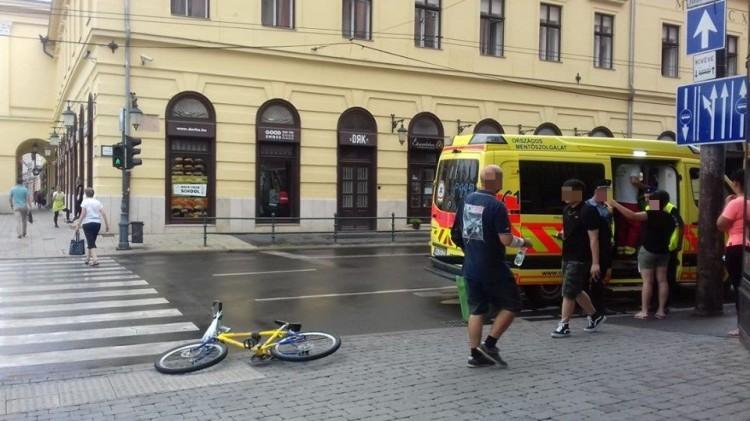 Biciklist ütöttek el a debreceni kereszteződésben