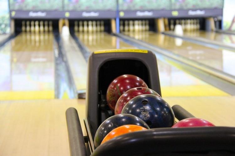 A nyár legnagyobb bowlingversenye Tiszaújvárosban
