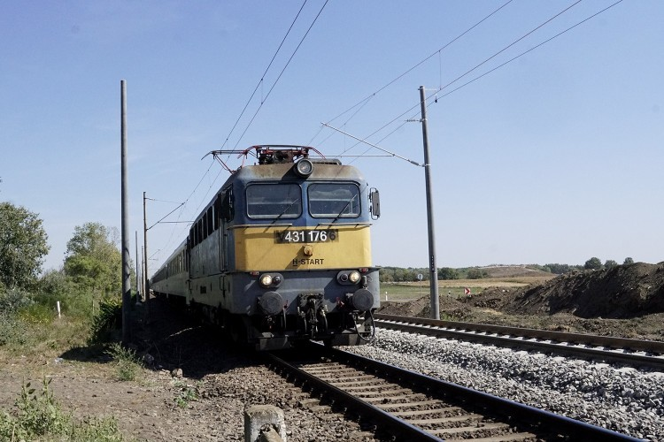 Estére megszűnhetnek a késések a Budapest–Záhony vasútvonalon
