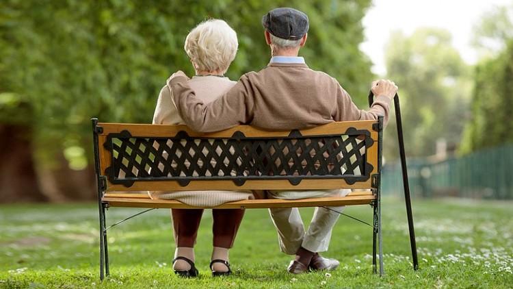 Megemelik Magyarországon a nyugdíjkorhatárt