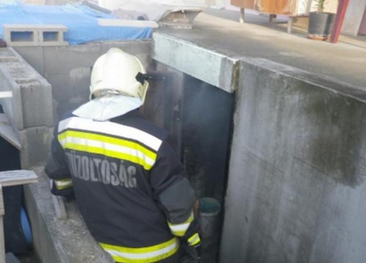 Balmazújvárosi pincébe kellett hívni a tűzoltókat