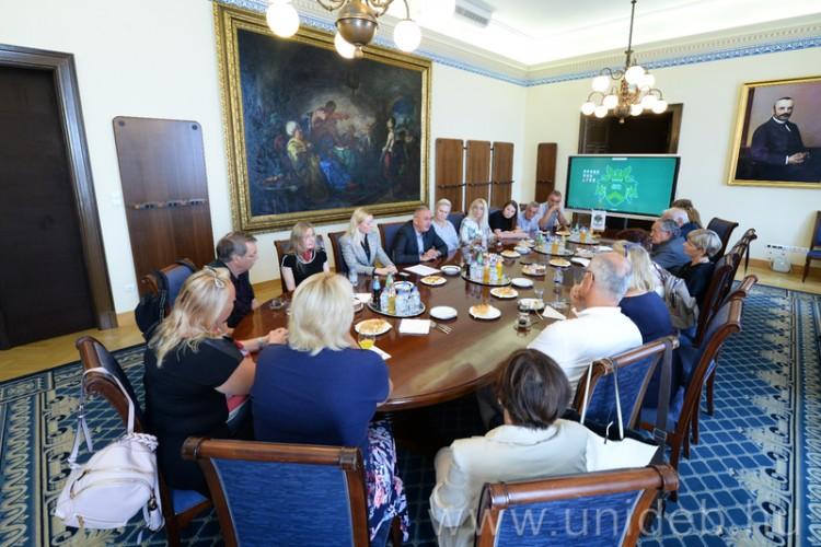 Szolnoki delegáció egyeztetett a Debreceni Egyetemen