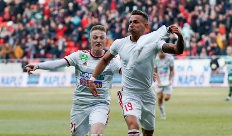 Magyar legény végzett Messi előtt: Zsóri a Puskás-díjas!