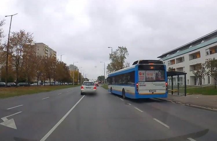 Így ne közlekedjünk! – VIDEÓ