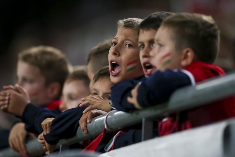 Tizenötezer gyermek biztatja majd a magyar válogatottat