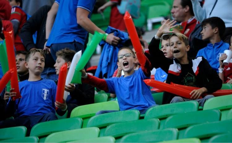 Gyenge mérkőzésen nyert és maradt versenyben a magyar válogatott