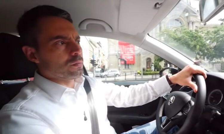 Vona Gábor dobbantott a Jobbikból