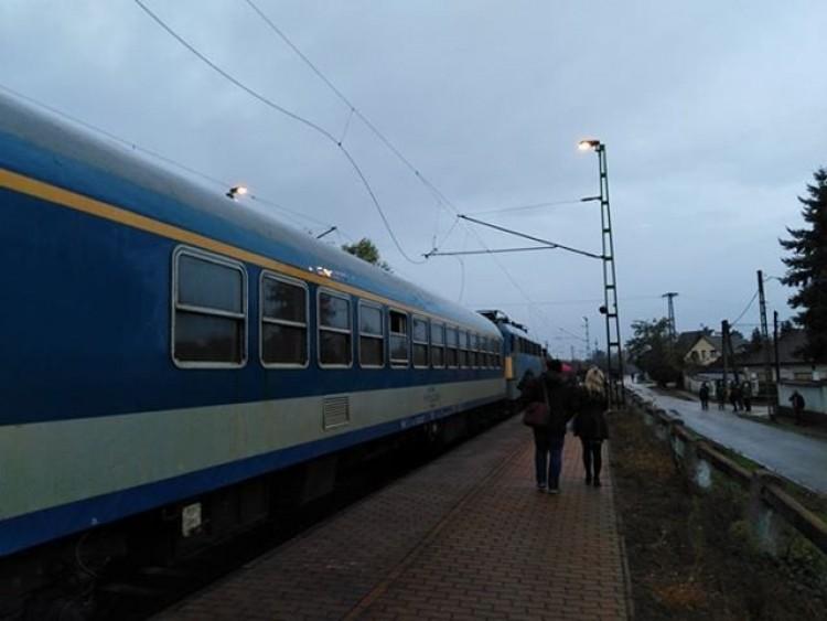 Bangóné: Kiszámíthatatlan a közlekedés a Budapest-Debrecen vonalon