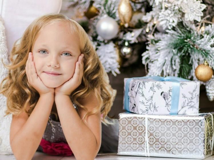 Kimagasló összeget fordítunk idén karácsonyi ajándékokra