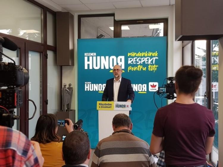 A magyar választók józan eszére bízzák a döntést