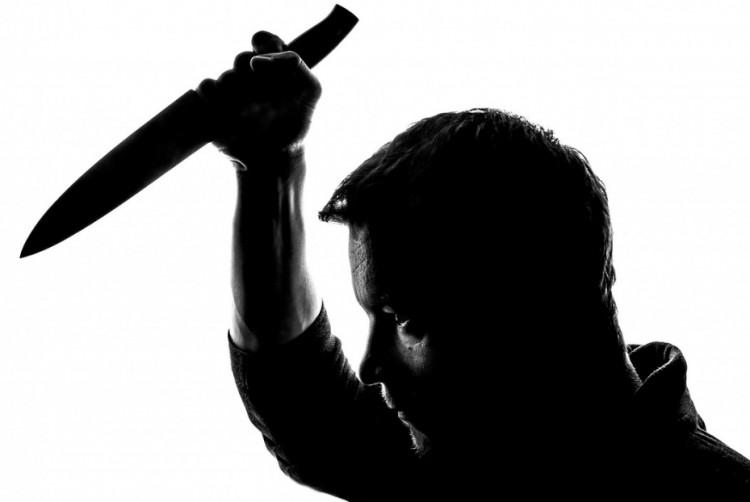 Kést állított élettársába Egyeken – 4 évet kér rá az ügyész