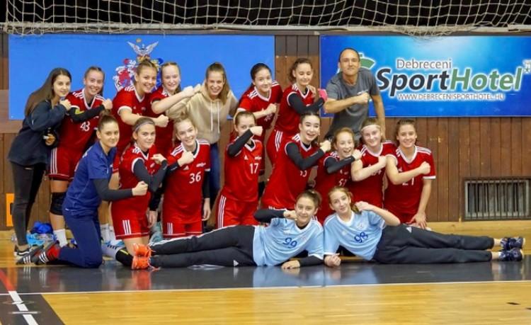 Kislányok nagy sikere - döntős a debreceni csapat!