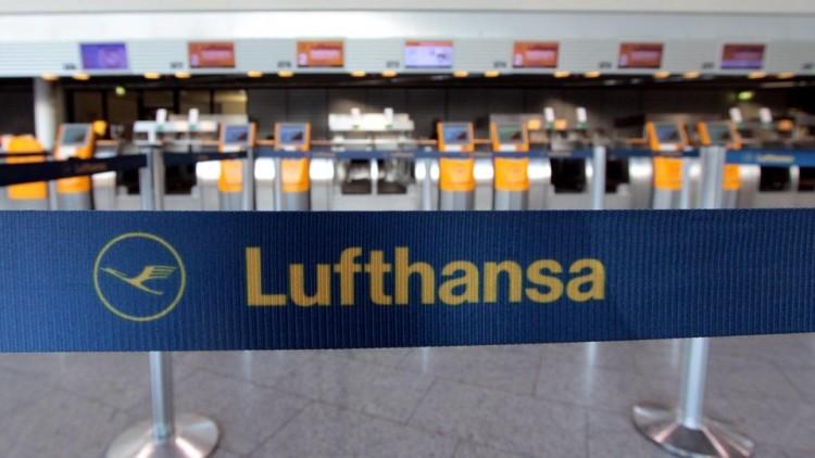 A németek nem aprózzák el a sztrájkot: 800 járatot töröltek