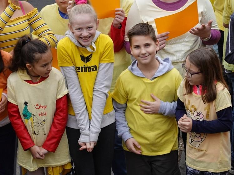 Debreceni gyerekek ezrei beszélgetnek arról, mi az: embernek lenni