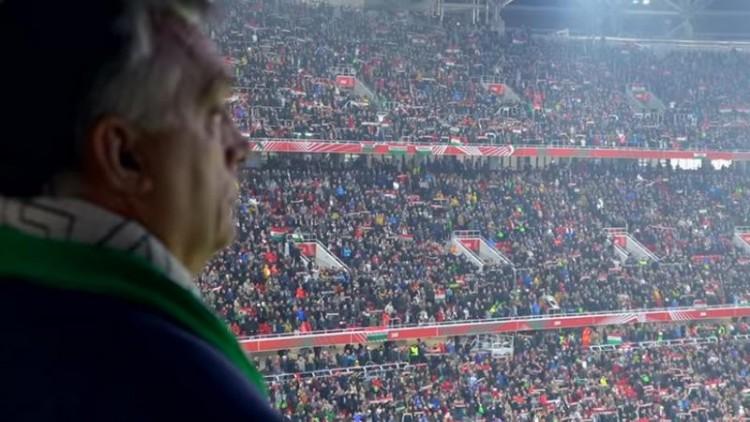"""Orbán: """"Ne vicceljünk, ez egy komoly ország"""""""