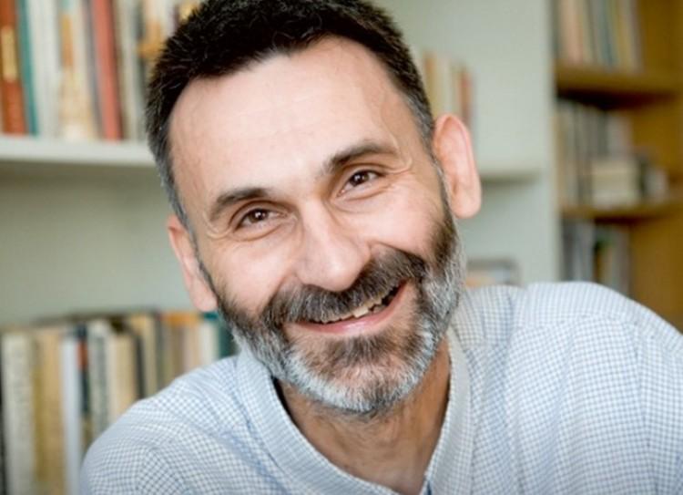 Pál Feri atya a társkapcsolatokról beszél Debrecenben