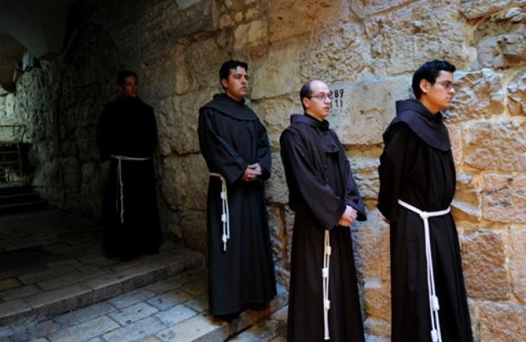 Amikor katolikus szerzetesek jöttek a kálvinista Rómába, és iskola született