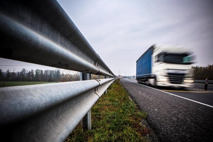 Csúszik az M4-es átadása, így áll a Debrecent Szegeddel összekötő út tervezése