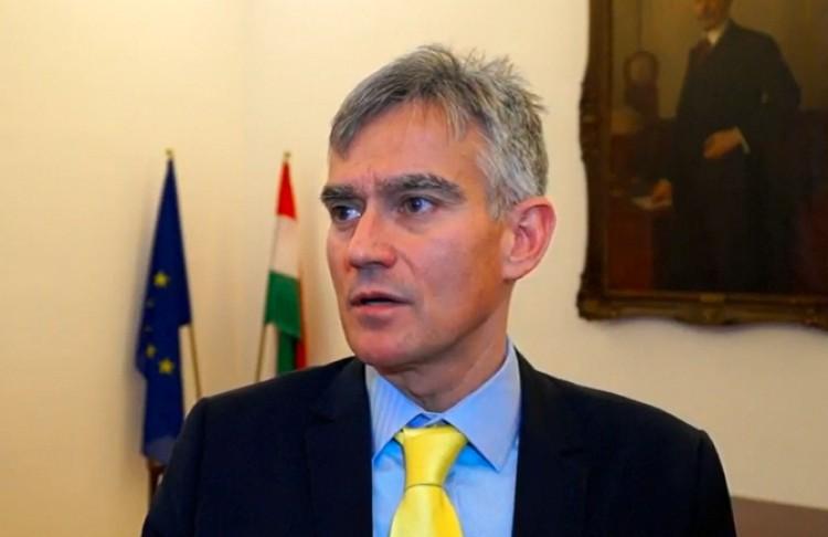 Áder János borsodi szakembert javasol Handó Tünde helyére