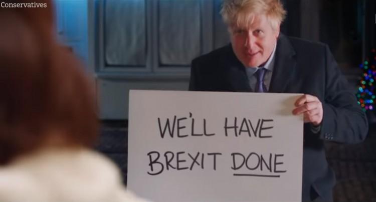 Angliában ilyen a kampány, fimszerepet vállalt a kormányfő