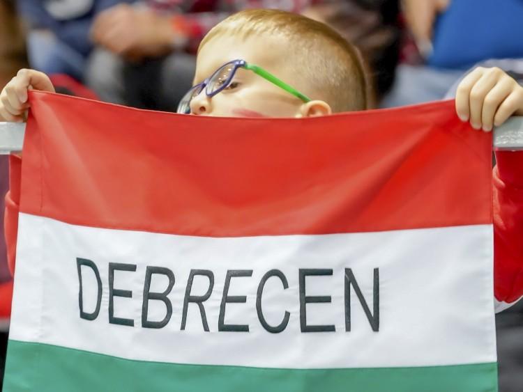 Előszilveszterek Debrecenben: legyen tűzijáték a vendégkapukra!