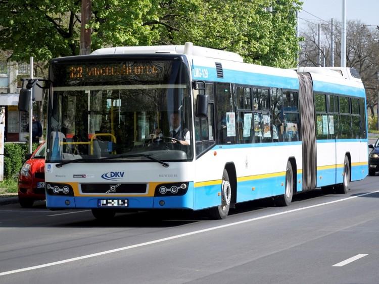 Nem írnának ki közszolgáltatói pályázatot a debreceni tömegközlekedésre