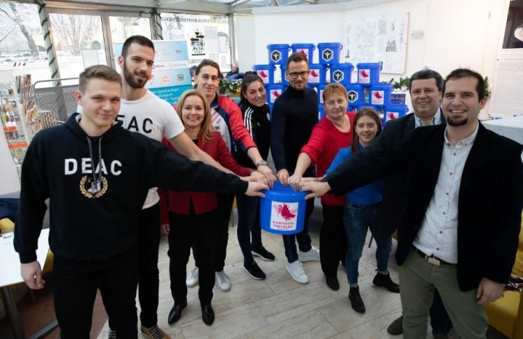 Széles összefogás született Debrecenben egy jó ügyért