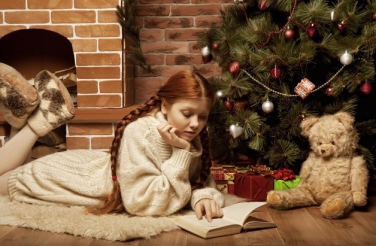 Mi választottuk: öt könyv a fa alá – akár adni, akár kapni
