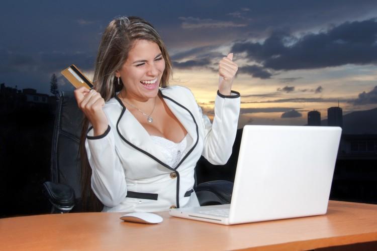 Vannak veszélyei az online vásárlásnak, legyen körültekintő!