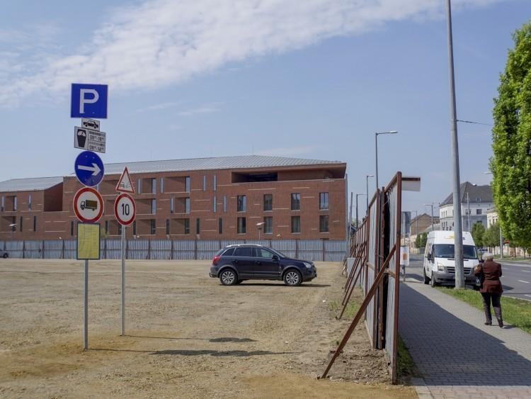 Parkolás és munkarend a munkanap-áthelyezések idején