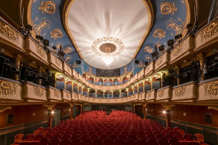 Újabb zaklatási botrány egy budapesti színházban