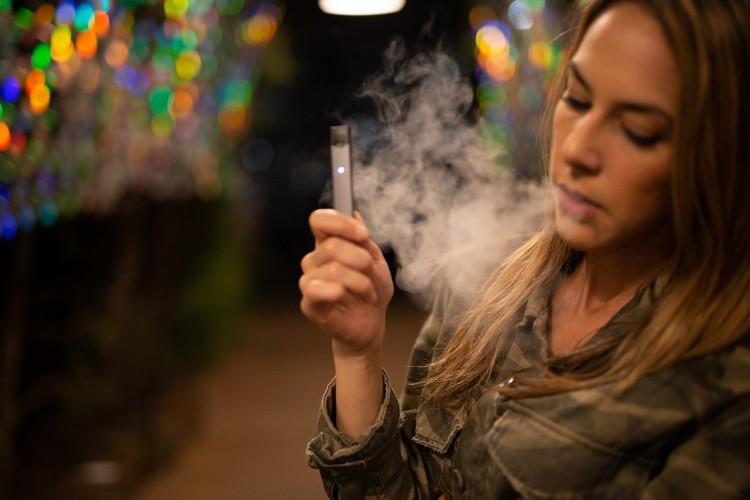 Alternatívát talált a dohányzásra? Most azt is megadóztatják