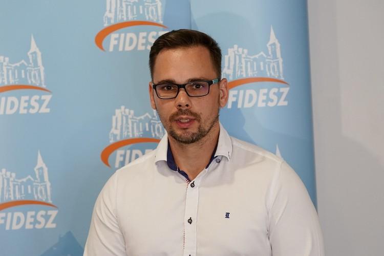 Egy fideszes nyert Balmazújvároson, ő is otthagyta a pártot