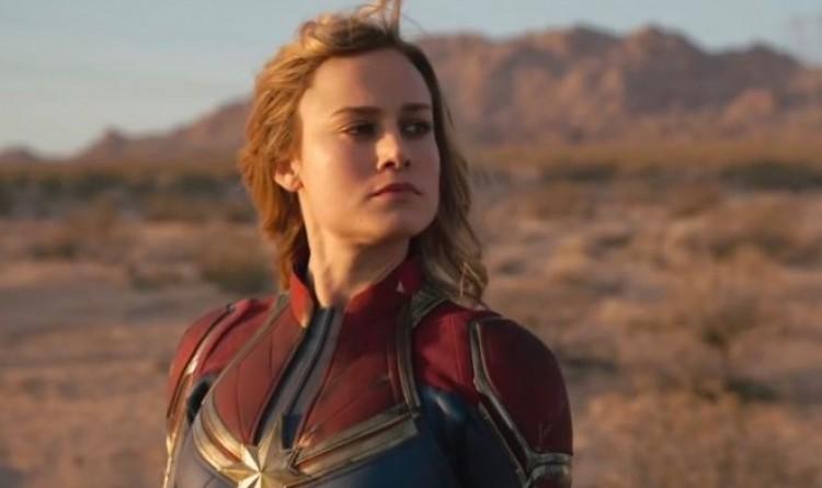A női szuperhős nem állhat le!