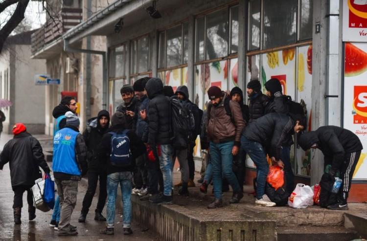 Át akartak törni a magyar határon Röszkénél