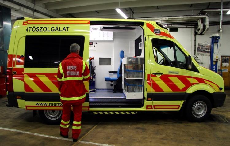 Hatvanhatszor hívták a mentőket egy részeg nőhöz